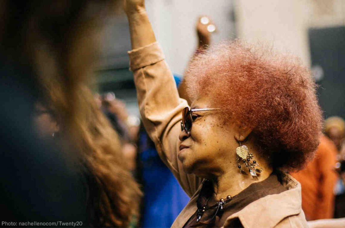 "Black voters reject ""Make America great Again"""